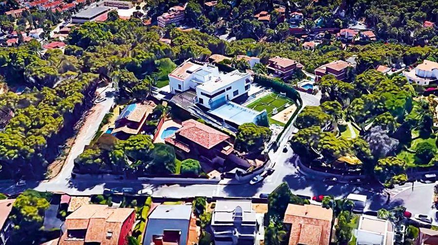 Así es la fastuosa mansión que Messi dejará si se va de Barcelona