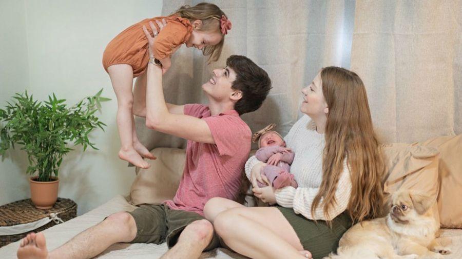 Landon y Camryn Clifford y sus hijas Collette y Delilah