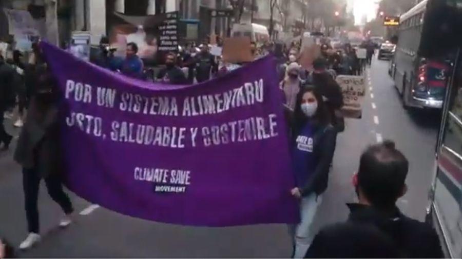 China Marcha ambientalista contra acuerdo cerdos 20200831