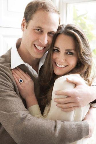 Kate Middleton y el Príncipe William en el día de su compromiso, fotografiados por Testino.