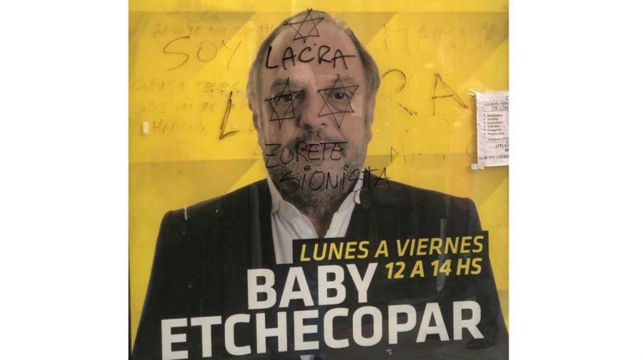 Pintada antisemita contra Baby Etchecopar