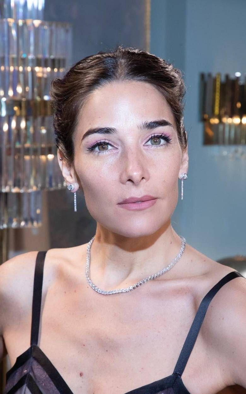 Juana Viale impactó con su look de gala para