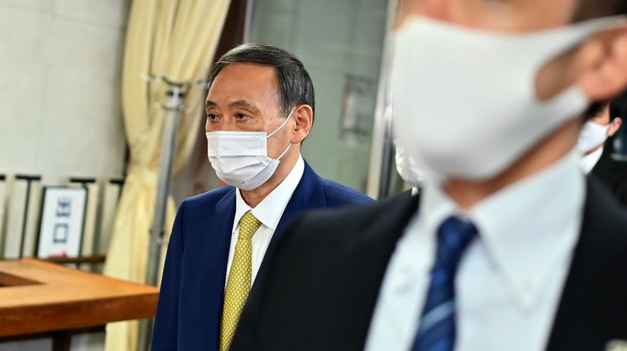 Yoshihide Suga ganó la elección de partido gobernante de Japón para reemplazar a Abe