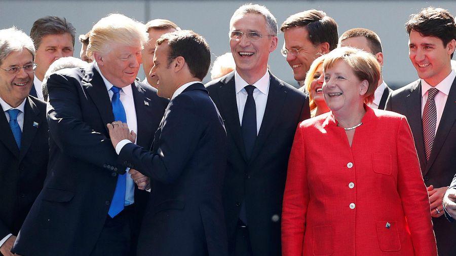 Foto de familia. Un clásico de los encuentros diplomáticos que no se repite en 2020.