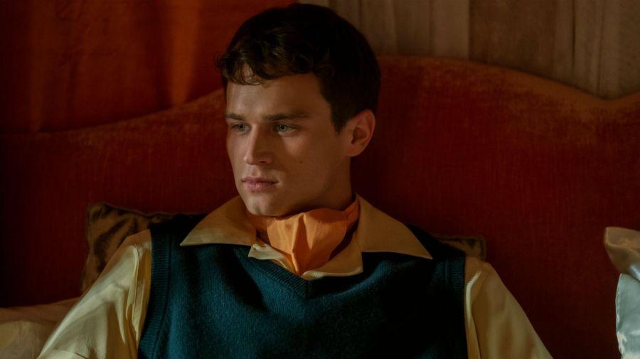 Brandon Flynn como Henry Osgood