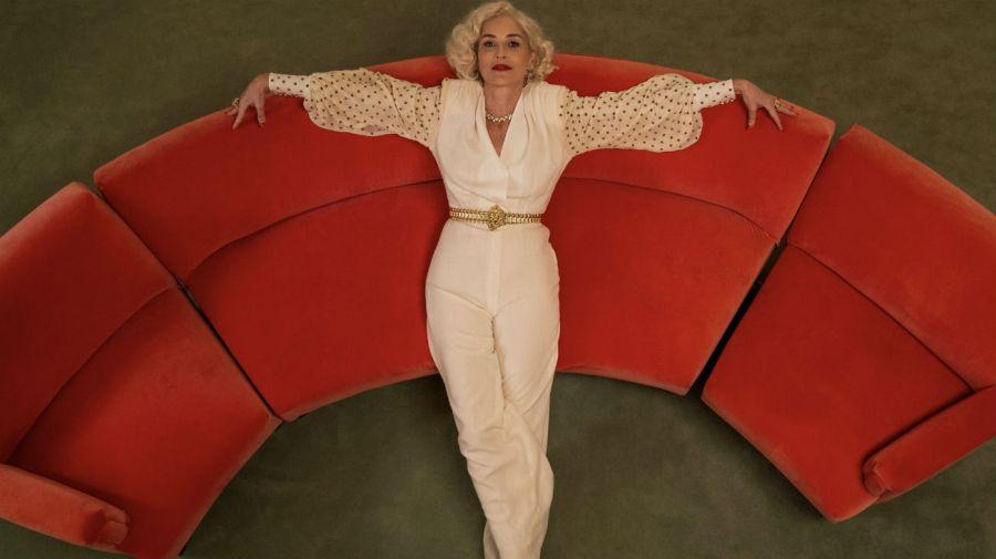 Leonore Osgood (Sharon Stone)