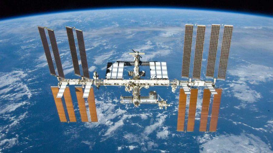 La Estación Espacial Internacional casi choca con restos de un cohete