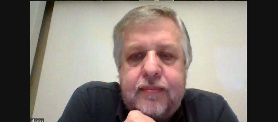 Carlos Stornelli en Perfil Educación.