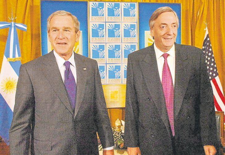 George Bush junto a Néstor Kirchner.