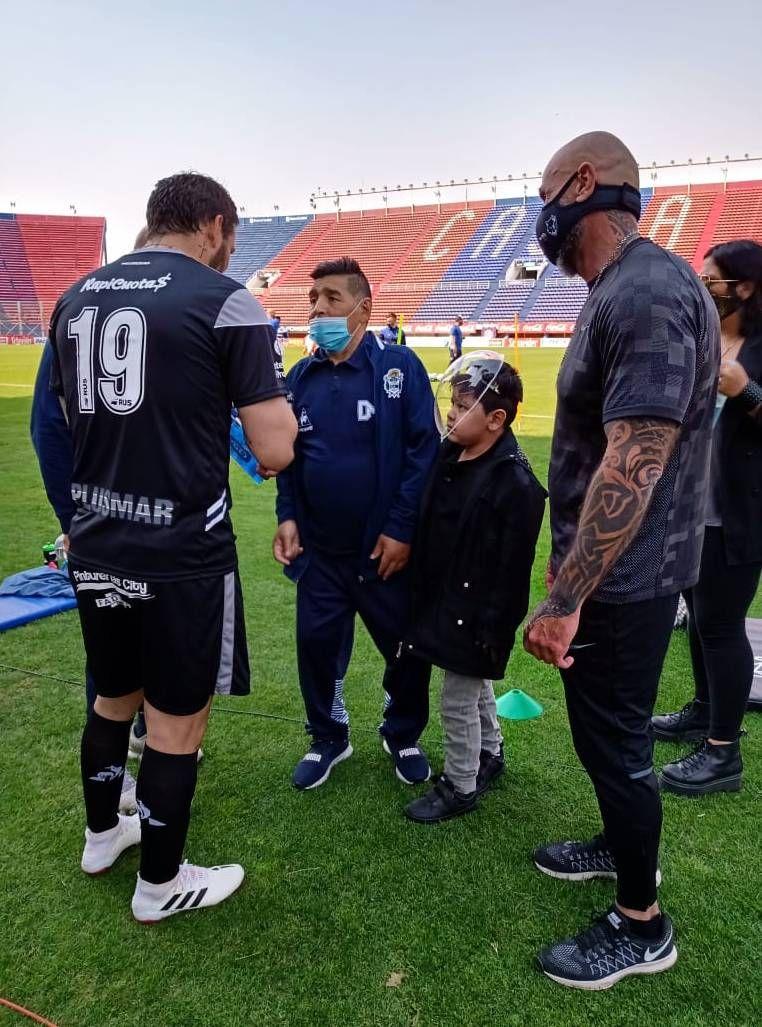 Marcelo Tinelli homenajeó a Diego Maradona en San Lorenzo
