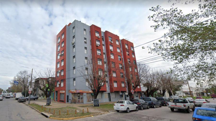 2020 10 03 Edificio Niño Tik Tok
