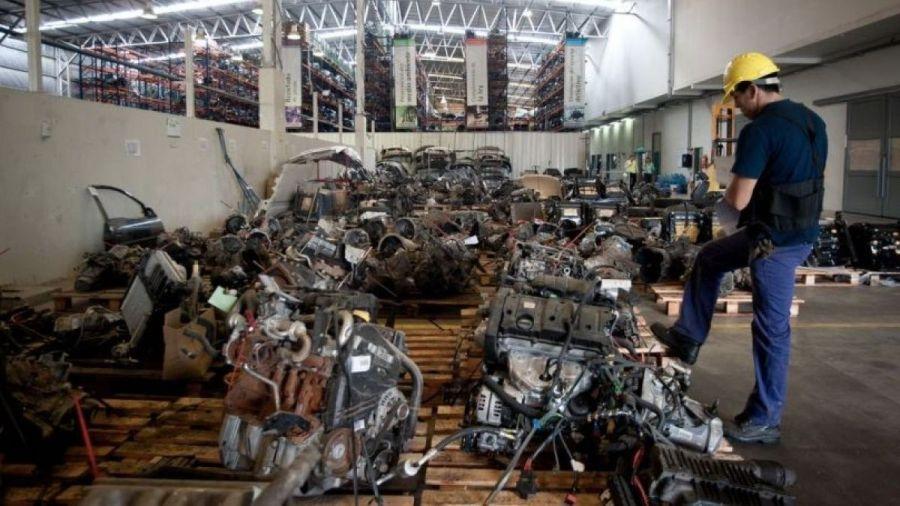 Subastan motores de varias marcas orientales