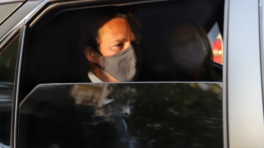 El jefe de la misión del FMI en Argentina, Luis Cubeddu, llega a la sede de la UOCRA para la reunió con la CGT.