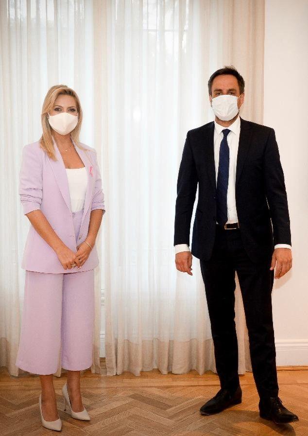 La primera dama junto al Ministro de Ambiente