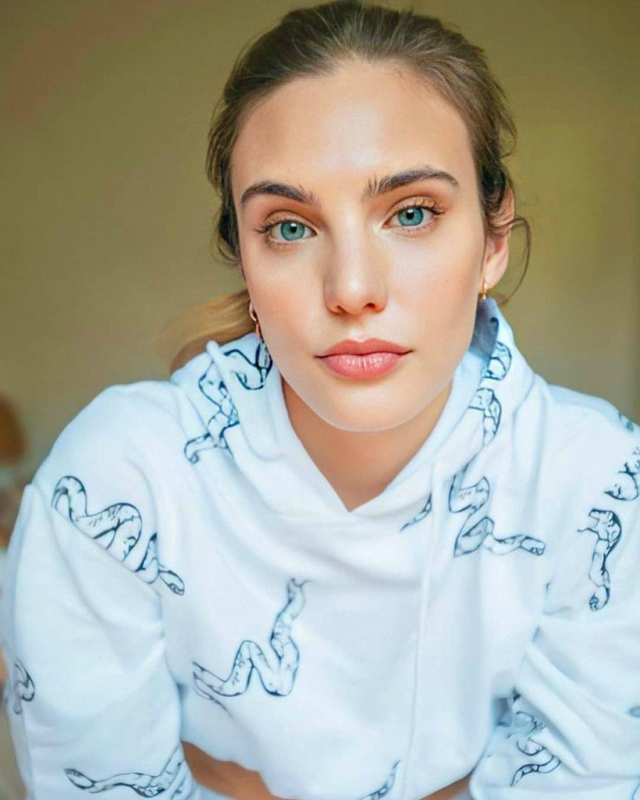 Una belleza Argentina para ser la hija de Luismi