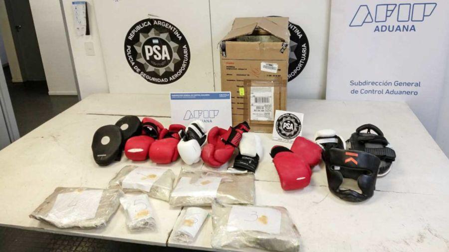 2020 10 16 Droga Cocaina PSA Ezeiza Guantes