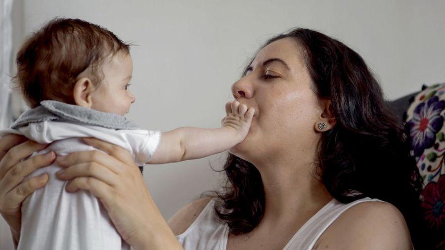 El proyecto destaca la importancia de la leche materna