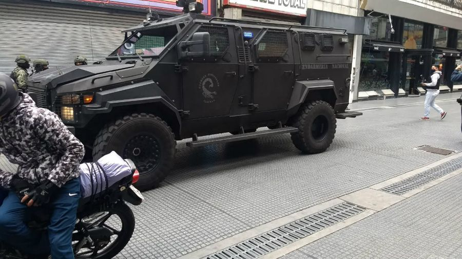 Causa por lavado. Operativo de Gendarmería en la City porteña.
