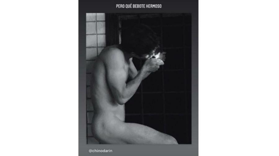 Chino Darin desnudo