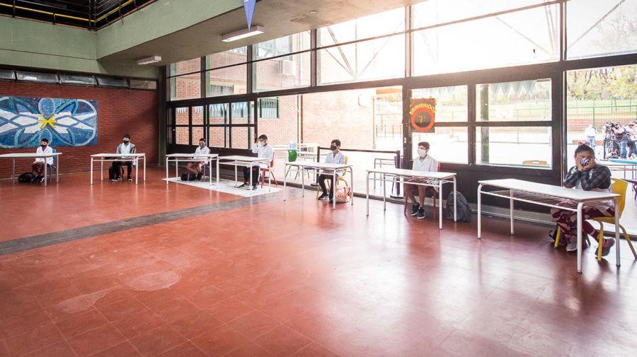 Sistema de burbujas en escuelas 20201027