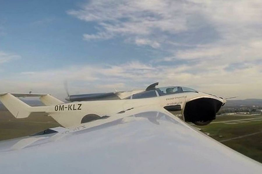 3010_aircar