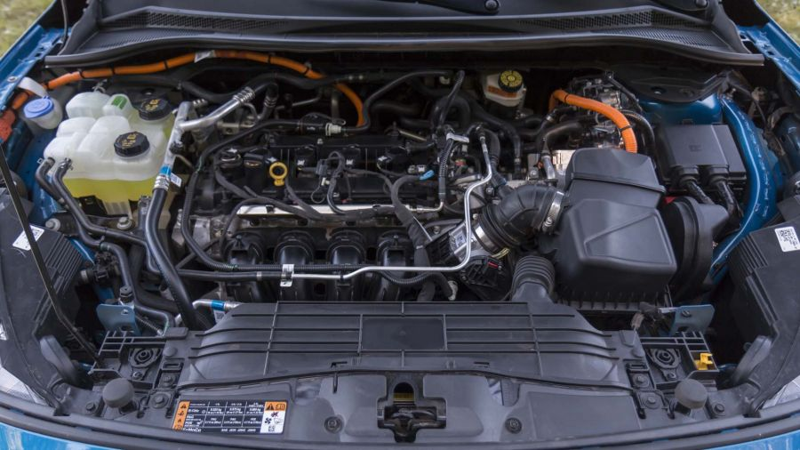 Comparativo / Ford Kuga Hybrid SE vs Toyota Rav4 HV XLE