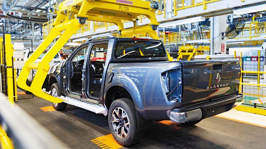 Lanzamiento industrial / Renault Alaskan