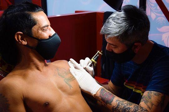 """Según una investigadora de CONICET, el tatuaje es """"un modo de rebelión"""" en la era posmoderna."""