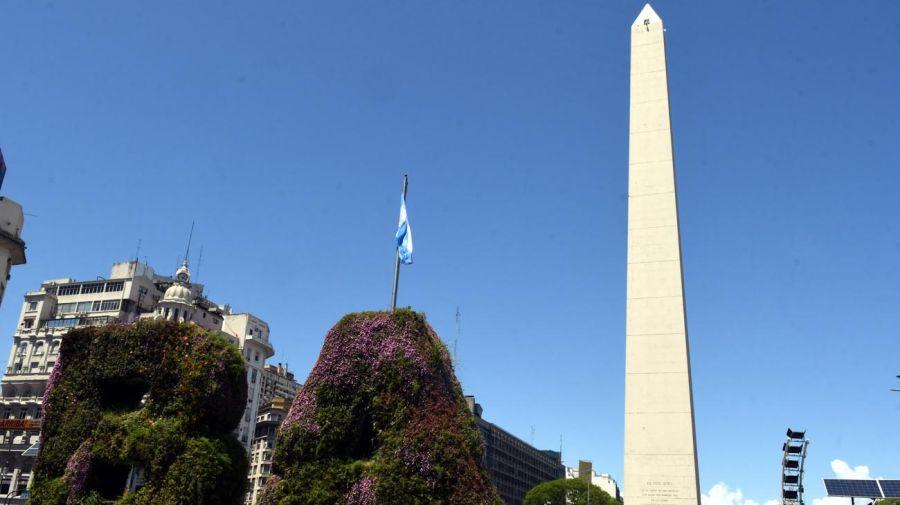 Obelisco deteriorado 20201110