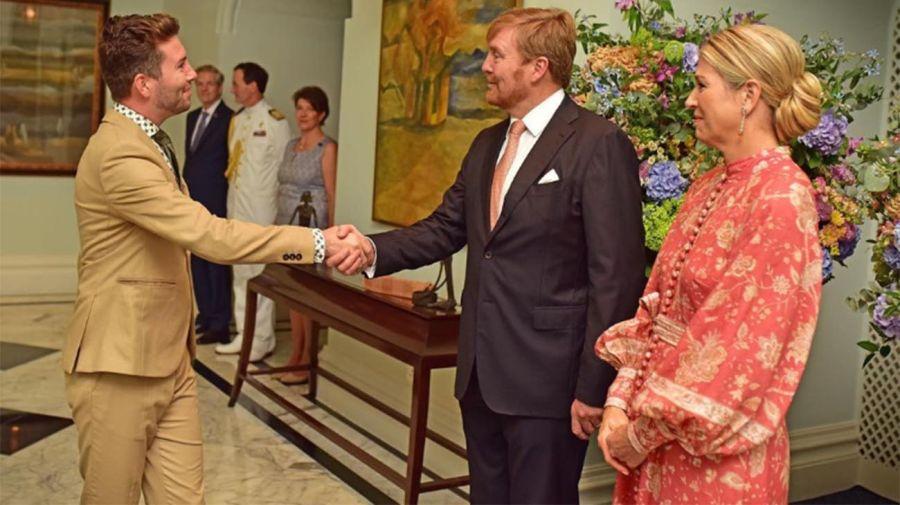 Rick Evers junto a los reyes de Holanda en el Taj Mahal