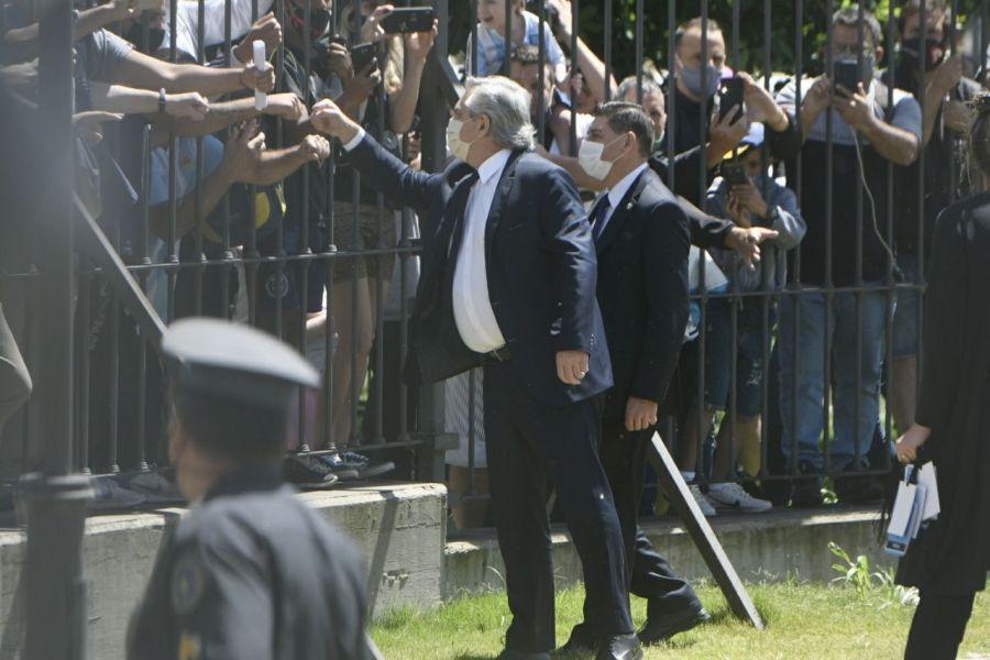 Alberto Fernández y Fabiola despidieron a Diego Maradona