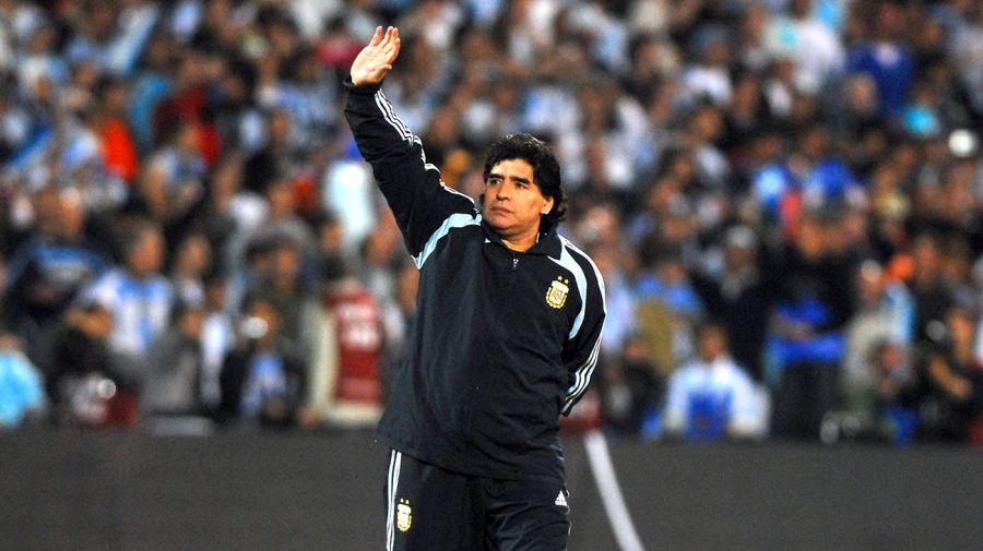 Recorrida por los últimos años en la vida de Maradona. Foto de Pablo Cuarterolo.