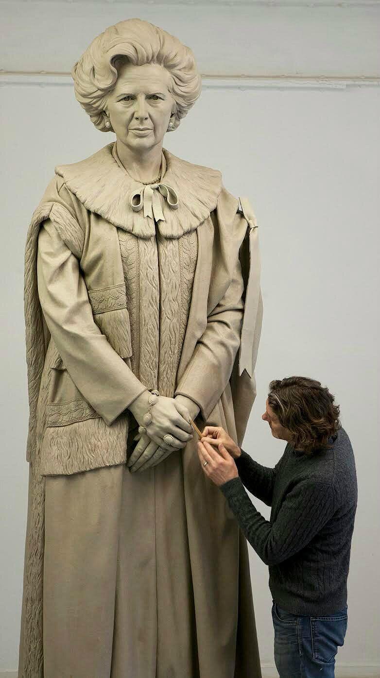 La estatua de Margaret Thatcher de la polémica.