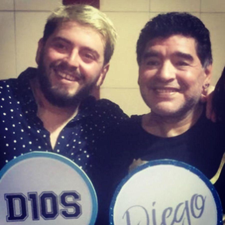 Diego Maradona Jr. abatido por la muerte de su padre: