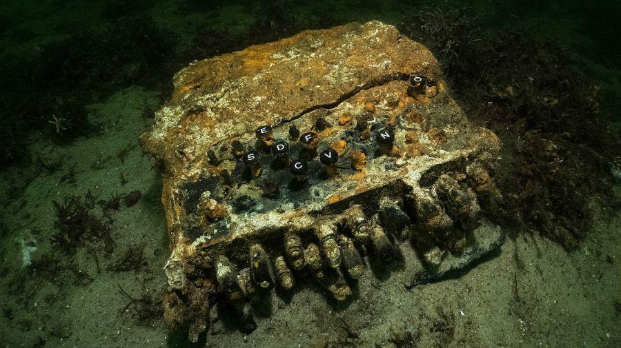 Máquina Enigma, usada para encriptar información en la Segunda Guerra Mundial.