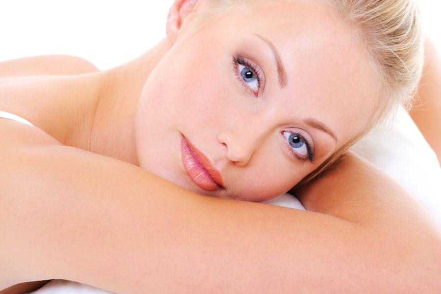 Yoga facial para un rostro radiante