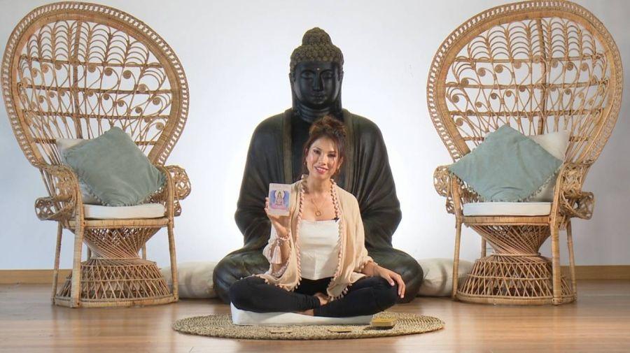 Lola Castillo yoga