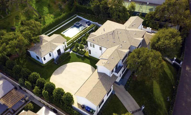 Residente y la millonaria mansión donde recibirá el 2021 con Milo