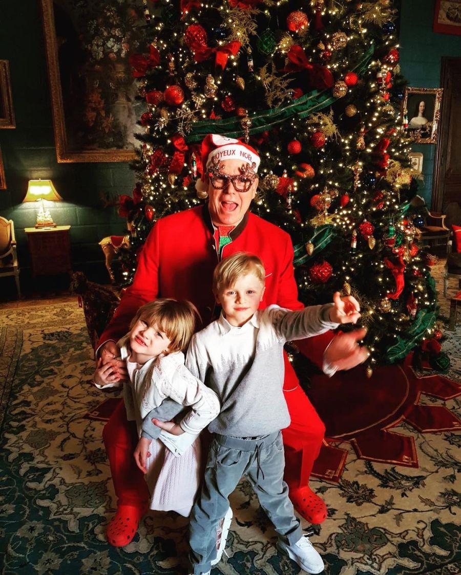 El príncipe Alberto de Mónaco se convirtió en Papá Noel para sus hijos
