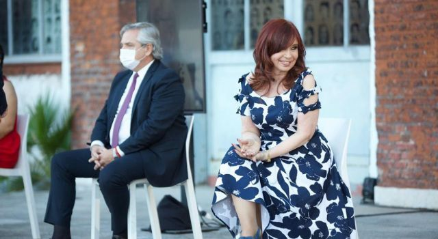 Cristina y Alberto ¿Quién maneja a quién?