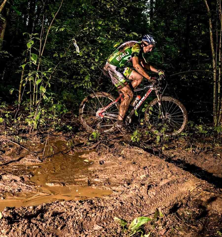 0601_bicicleta_barro
