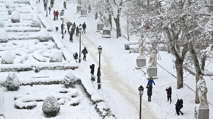Algunas calles de Madrid acumularon más de metro y medio de nieve.