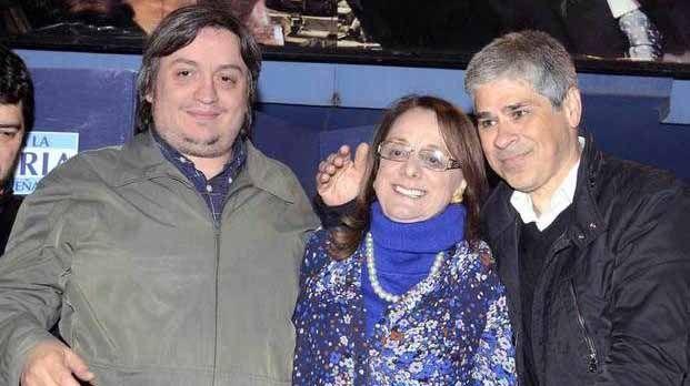 Pablo González, Alicia Kirchner y Máximo.