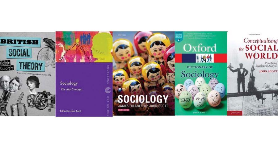 Algunos de los libros de John Scott.