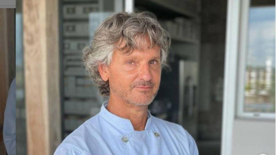 Denuncian por acoso al chef Pablo Massey