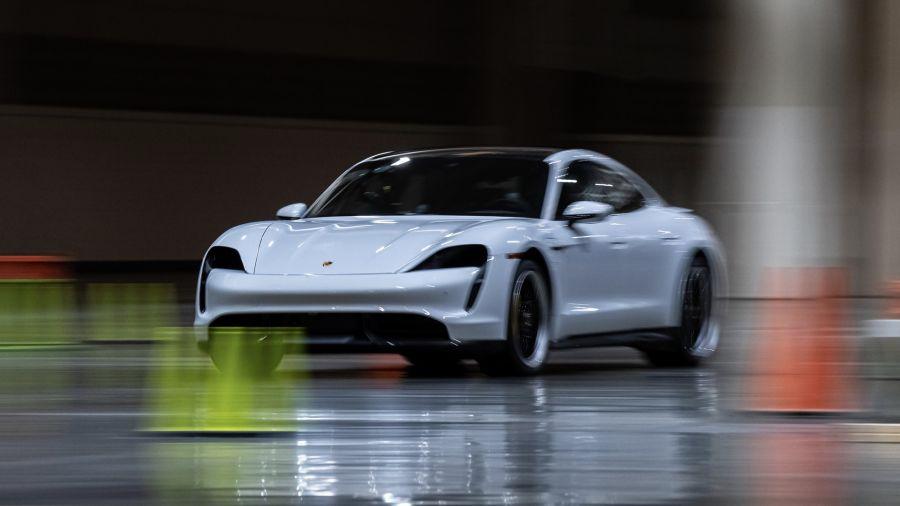 Nuevo récord mundial para un Porsche Taycan
