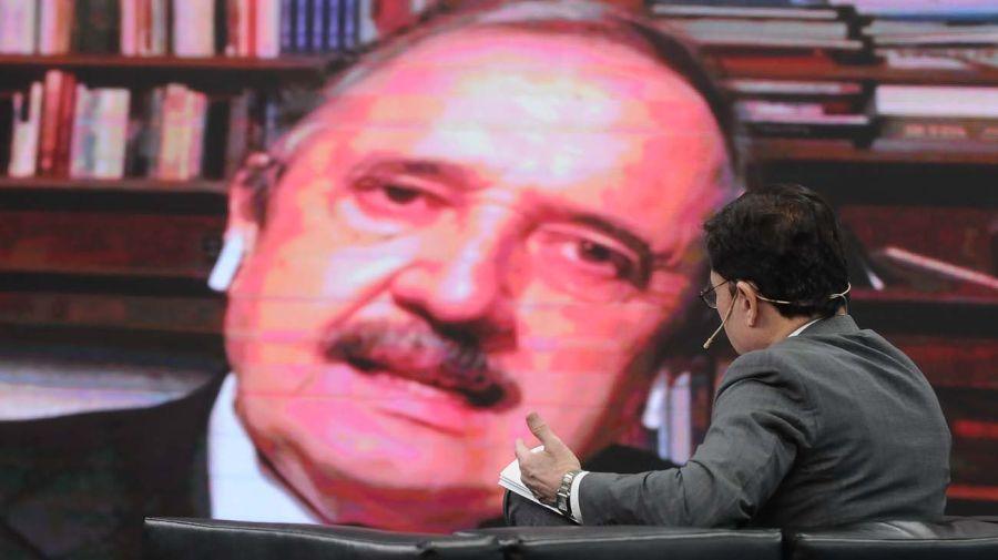 El embajador Ricardo Alfonsín, en la entrevista con Jorge Fontevecchia.