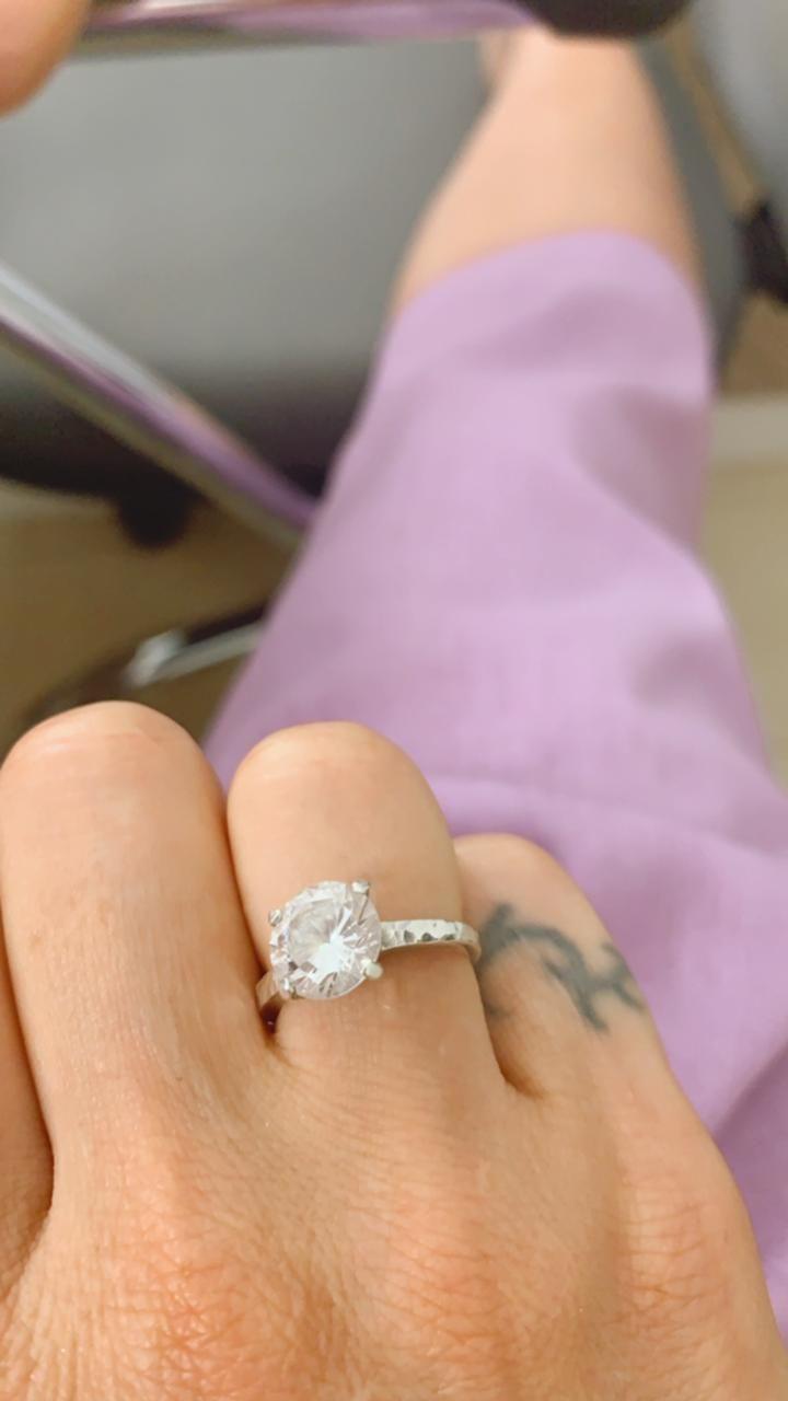 Miriam Lanzoni anunció su compromiso con Christian Halbinger: mirá su increíble anillo