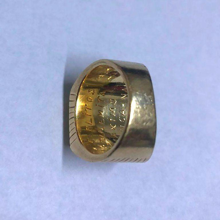 Así es el anillo de Carlos Menem que revolucionó a toda la Argentina