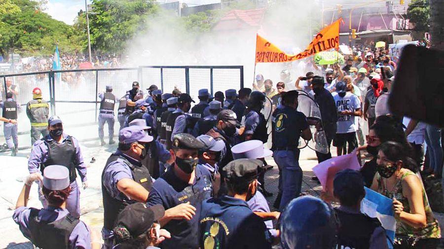 Protestas y represión en Formosa.